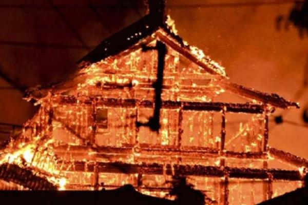 首里城の火災と非常識な「なんちゃって」ユーチューバー